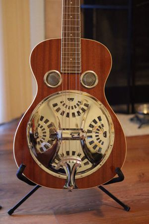 Regal Studio rd30 resonator guitar. for Sale in Las Vegas, NV