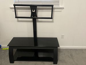 TV TABLE PLUS STAND for Sale in Richmond, VA