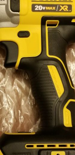 Dewalt XR Brushless Impact Drill DCF887 for Sale in Federal Way,  WA