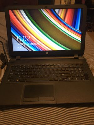 HP 15-f004wm laptop for Sale in Puyallup, WA