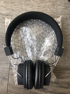 Brand new bluetooth wireless headphones for Sale in Tampa, FL