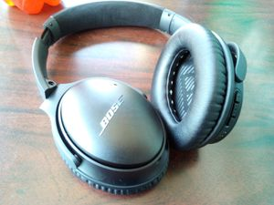 Bose - QuietComfort 35 II Wireless Noise Cancelling Headphones for Sale in Hillsboro, OR