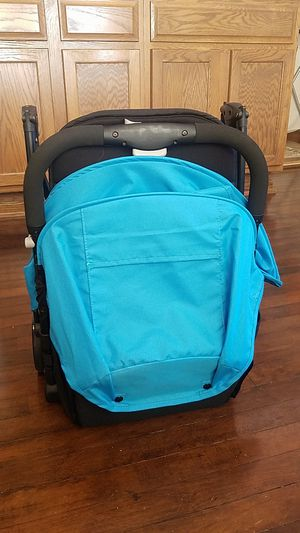 Babytrend summer stroller new for Sale in Detroit, MI