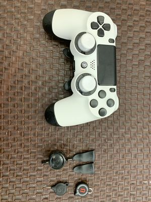 Scuff controller like brand new condition just used like 3 times for Sale in Aventura, FL