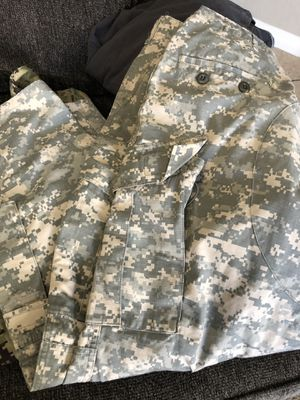 camouflage army pants size large for Sale in Chula Vista, CA