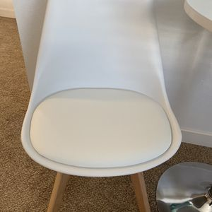 Brand New Mid Century Chair for Sale in Federal Way, WA