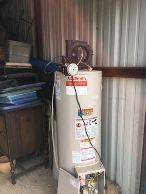 Hot water heater for Sale in Millersville, PA