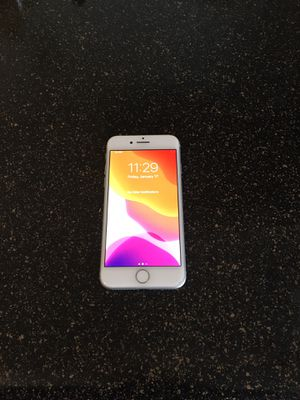 T-Mobile/metro iPhone 8-64gb $280 firm no trade ( NOTHING WRONG WITH THE OHINE ) for Sale in Sacramento, CA