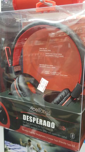 Bluetooth v4.1 Wireless over ear headphones for Sale in Palmdale, CA