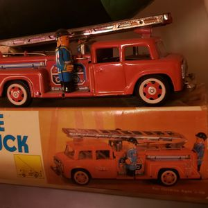 VINTAGE firetruck with original box for Sale in Mount Vernon, WA