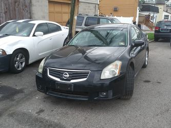 THE PERFECT LUXURIOUS RIDE HAS BEEN REDUCED FROM 4500. TO 3500. FIRM 130k Mi. for Sale in Philadelphia, PA