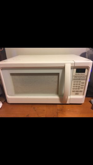 Microwave for Sale in West Dundee, IL