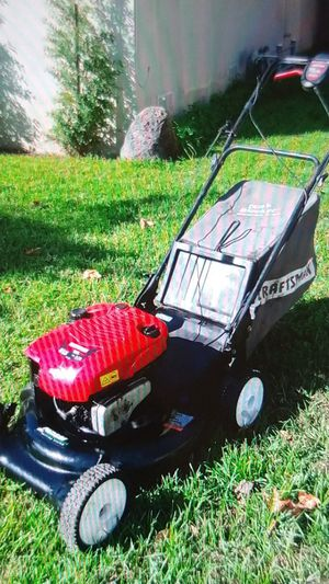 21inch craftman 6.75 hp self propelled lawn mower for Sale in West Covina, CA