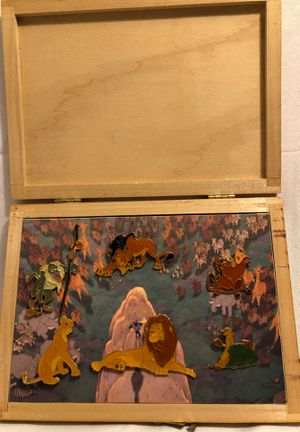 RARE 1994 Disney Store The Lion King Pin Collection Wood Box Set 6 Pins NIB for Sale in Romoland, CA