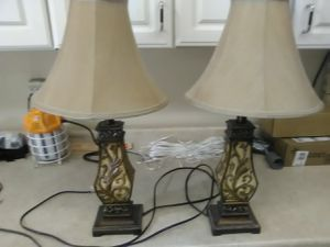 Two table lamps for Sale in MAYFIELD VILLAGE, OH