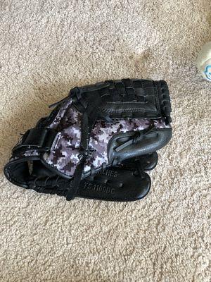 Adidas baseball glove for Sale in Renton, WA