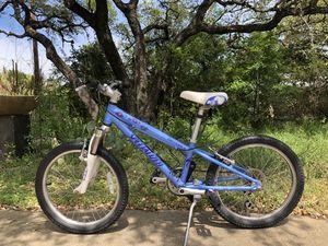 """Girls Specialized Hotrock 20"""" 6 speed, baby blue mountain bike for Sale in Buda, TX"""