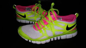Size 8 women's nike shoes for Sale in Canton, OH