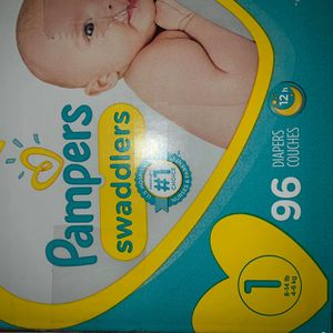 Pampers diapers Swaddlers size 1 for Sale in Downey, CA