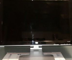 HP 1080P MONITOR w2207 for Sale in Corona,  CA