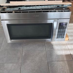 "Whirlpool 30"" Over the Range Microwave With Fan Function for Sale in San Ramon, CA"