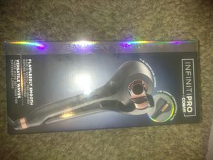 Conair infinite pro hair straightener for Sale in Tacoma, WA