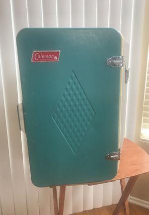 Coleman vintage upright cooler ( turquiose color) for Sale in Oceanside, CA