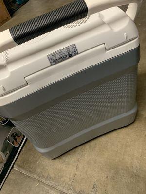 Igloo iceless cooler 90$ obo for Sale in Laguna Hills, CA