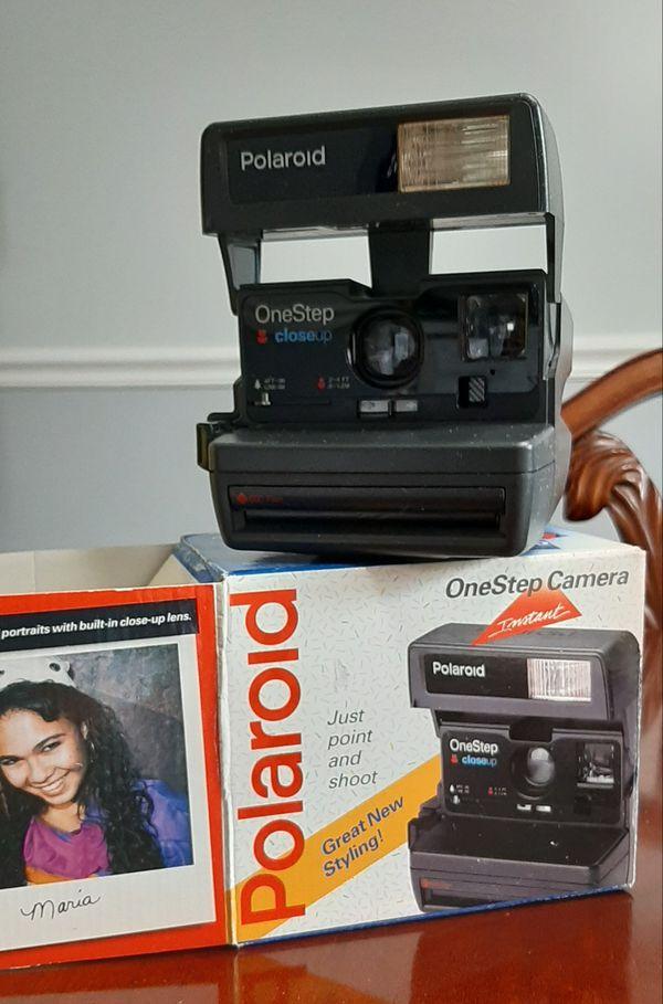 Polaroid 600 OneStep Close Up Instant Camera