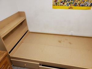 Bed frame. Twin size for Sale in LOS RNCHS ABQ, NM