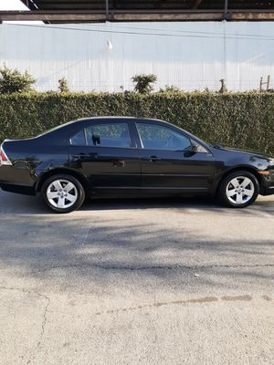 2007 Ford Fusion SE model clean title current tags automatic cold AC for Sale in Downey, CA