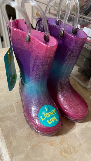 Toddler girls size 5 rain boots for Sale in San Antonio, TX
