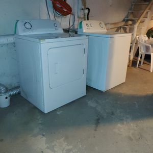 Washer + Dryer for Sale in York, PA