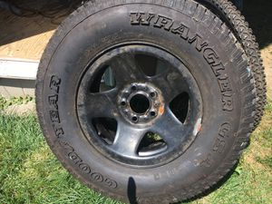 New Wrangler Tire for Sale in Northfield, OH