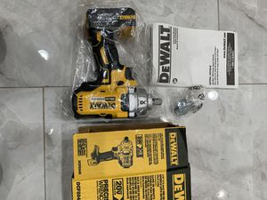 Brand New DEWALT 20V MAX XR BRUSHLESS Cordless Impact Wrench for Sale in La Mesa, CA