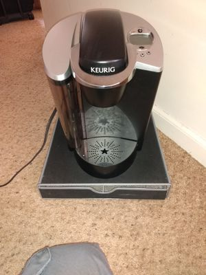 Keurig works great comes with storage drawer $20 for Sale in Roseville, MI