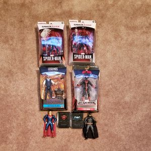 Lot Of New/loose Marvel Figures! *Free Vintage COMICS**Local Pickup*** for Sale in San Leandro, CA