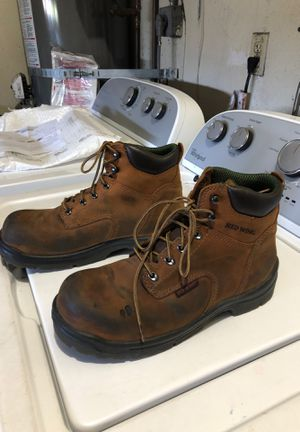 Redwing boots size 9 steel toe great shape for Sale in San Diego, CA
