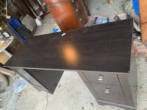 Desk for Sale in Center Line, MI