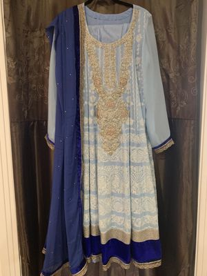 Women's Indian Dress (Size Large - can be altered) for Sale in Austin, TX