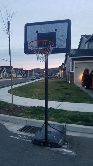 Basketball hoop for Sale in Kent, WA