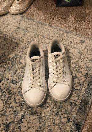 Adidas style sneaker US size 6 for Sale in Houston, TX
