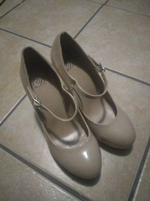 Heels from california for Sale in Milwaukee, WI