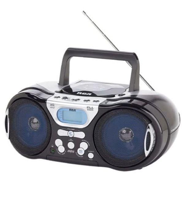 NEW , RCA , RCD147 portable CD player / Radio / Boombox