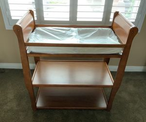 Baby's Changing Table Grace Sarah Solid Wood Dressing Table & Free 6-Piece Sheets & Blankets With Purchase Only. for Sale in Corona, CA
