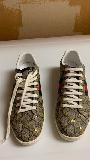 Gucci Sneakers women's size 8 for Sale in Aurora, CO