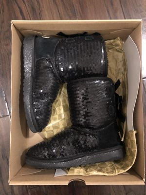 Girls Black UGG Boots-Size 2 for Sale in Saint Charles, MO