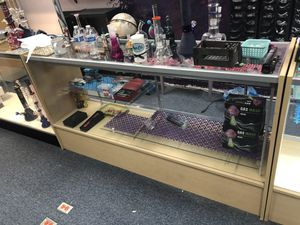 Retail display case light up for Sale in Tacoma, WA