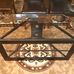 42 Inches Wide Glass Entertainment Stand 40$ for Sale in Newburgh Heights, OH