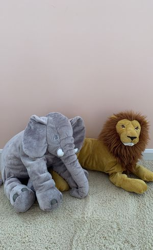 Stuffed Elephant and Lion for Sale in Manassas, VA